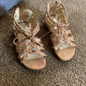 Shoes lace up front zip back